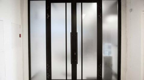 двери из профиля
